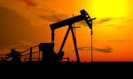 Petrol sert yükselişin ardından geriledi