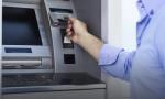 Fazla para veren ATM'yi yumrukladı, tutuklandı!