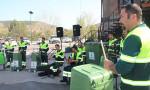 Grup Teneke çöplerle müzik yapıyor