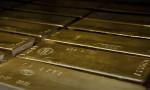 Altın yükselen hisse senetleri ile geriledi