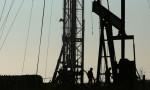 Petrol o seviyenin altında kayıplarını korudu