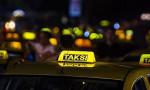 Taksici UBER aracının önünü kesti