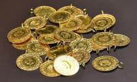 Altın dolarla birlikte yükseliyor