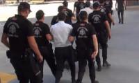 İstanbul'da motosikletle uyuşturucu dağıtan 2 şebeke çökertildi