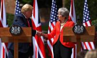 Trump'tan May'e tavsiye: AB'yi dava et