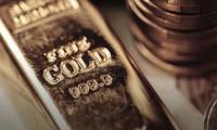 Altın zayıf dolar ile haftayı kazançla geçmeye yöneldi