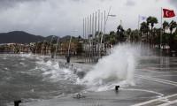 Tropik fırtına alarmı! Elektrik ve doğalgaz kesilebilir