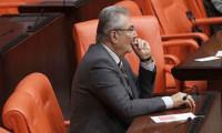 Baykal'ın Meclis'te dikkat çeken görüntüsü