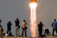 Rusya uzaya 2.5 ton takviye gönderdi
