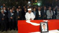 Şehit polis, Diyarbakır'da Kürtçe ağıtlarla defnedildi