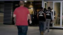 İzmir'de 121 imama gözaltı