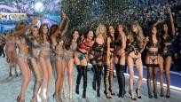 Victoria's Secret'in beklenen şovundan ilk görüntüler
