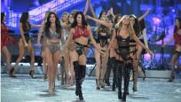Victoria Secret meleklerin serveti dudak uçuklatıyor