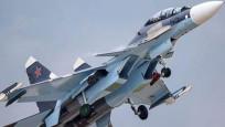 Rus savaş uçağından tehlikeli manevra