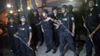 Ülke şokta! Restoran baskınında 20 kişi rehin alındı