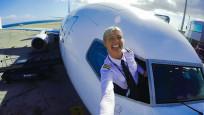 İnternet fenomenine dönüşen kadın pilot