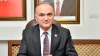Sanayi Bakanı Özlü, çelik üreticilerini dinledi