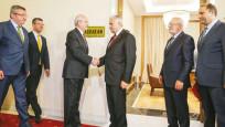 Başbakan Kılıçdaroğlu'na hangi dosyayı verdi
