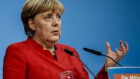 Merkel: Türkiye ile müzakerelerin bitirilmesi istenmiyor