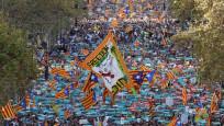Katalanlar'dan Barselona'da büyük gösteri