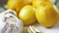 Limon suyunun içine sarımsak atarsanız...