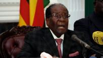 Zimbabve devlet başkanı istifa etti