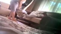 2 yaşındaki çocuğa işkence kamerada