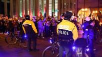 Frankfurt'ta Türkler'den ABD ve İsrail'e tepki yürüyüşü