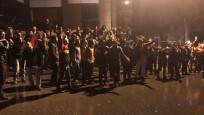 Galatasaray taraftarından havaalanı ve Florya'da istifa çağrısı