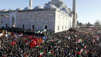 Fatih Camii'nde büyük Kudüs protestosu! Binlerce kişi akın etti