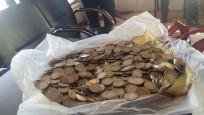 Dilencinin üzerinden 773 lira bozuk para çıktı