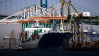 Şubat'ta ihracat yüzde 5.1 arttı