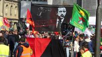 İsviçre'de skandal pankarta soruşturma