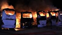 Bursa'da 6 yolcu otobüsü alev alev yandı