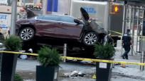 New York'ta, saldırganın yayaların üzerine otomobili sürdüğü anın görüntüleri