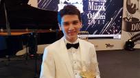 Allianz Türkiye'nin marka elçisi yılın müzisyeni oldu