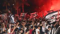 Beşiktaş'ın şampiyonluğu tüm yurtta kutlanıyor