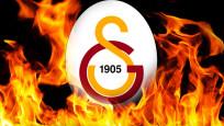 Galatasaray'da 4 futbolcunun bileti kesildi