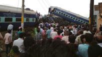 Tren raydan çıktı: 20 ölü, 150 yaralı