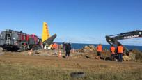 Trabzon'da uçuruma sürüklenen uçak kurtarılıyor