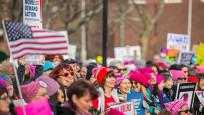 Kadınlar Trump'ı protesto etti