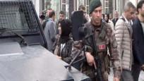 Eminönü'nde arbede, bir polis yaralı