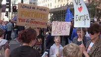 Londra'da yüzbinler yeni Brexit referandumu için yürüdü