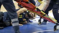 Fenerbahçe'de talihsizlik! Ennis'in ayağı kırıldı