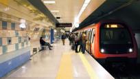 Metro seferleri aksıyor