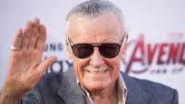 Dünyaca ünlü yazar Stan Lee hayatını kaybetti