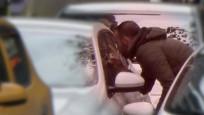 Cam silenler sürücüleri tehdit ediyor