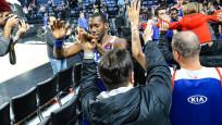 Anadolu Efes Maccabi'yi devirdi: 90-77