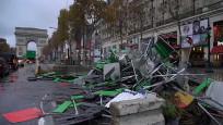 Gösteriler sonrası Paris'te Sarı Yelekliler temizliği
