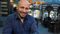 Yazar Kahraman Tazeoğlu trafik kazası geçirdi